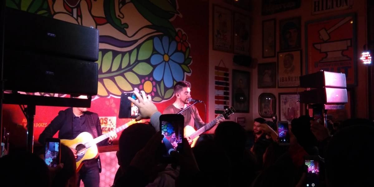 Juanes sorprendió a todos con show secreto en Santiago