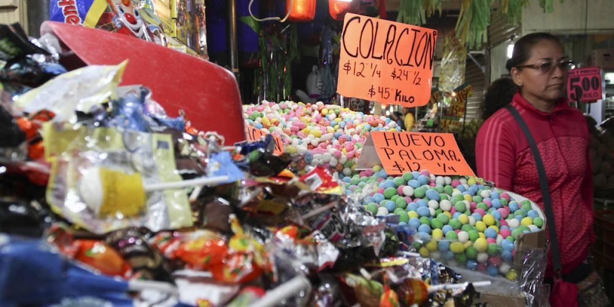 Alertan sobre presencia de plomo en dulces de alto consumo en México