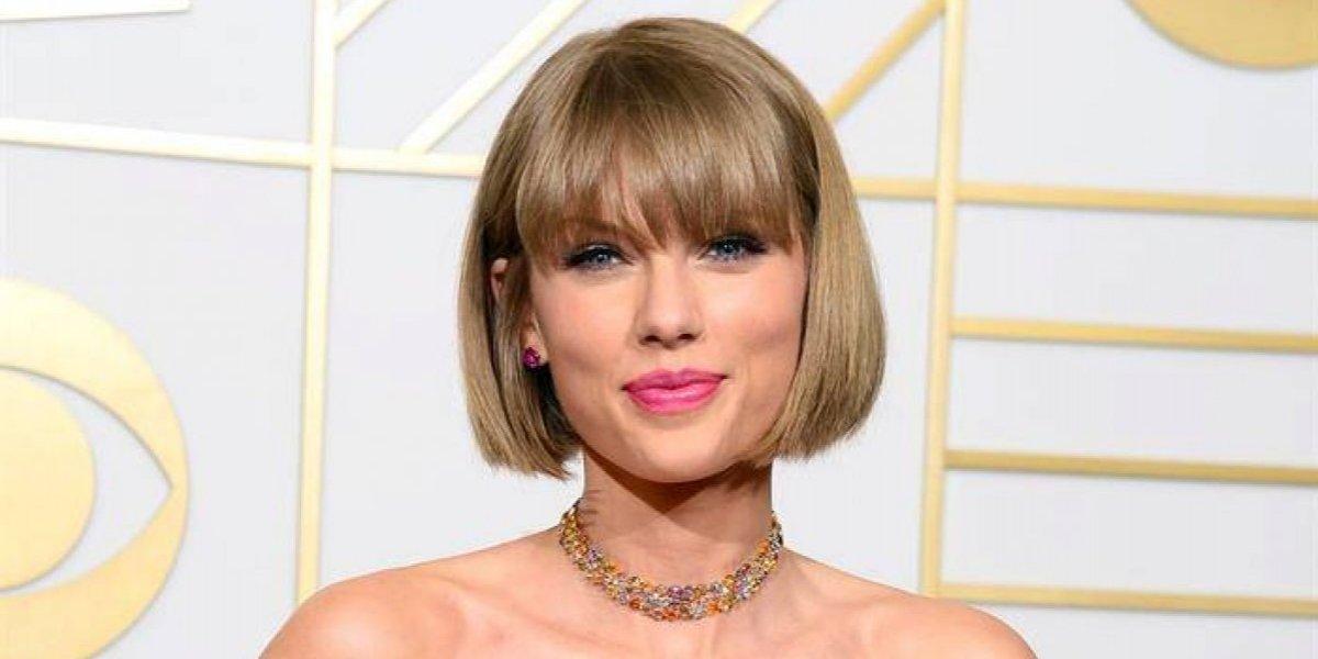 Desestiman demanda contra Swift presentada por locutor acusado de tocarla de manera indebida