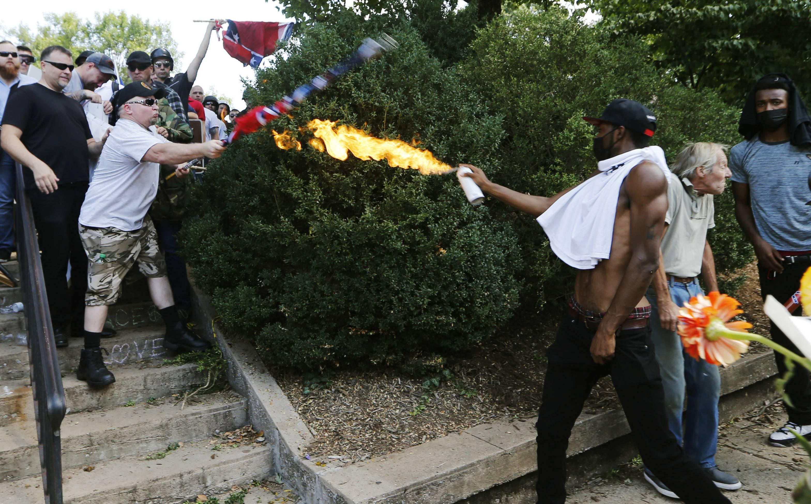 Imágenes de la manifestación en Charlottesville, Virginia