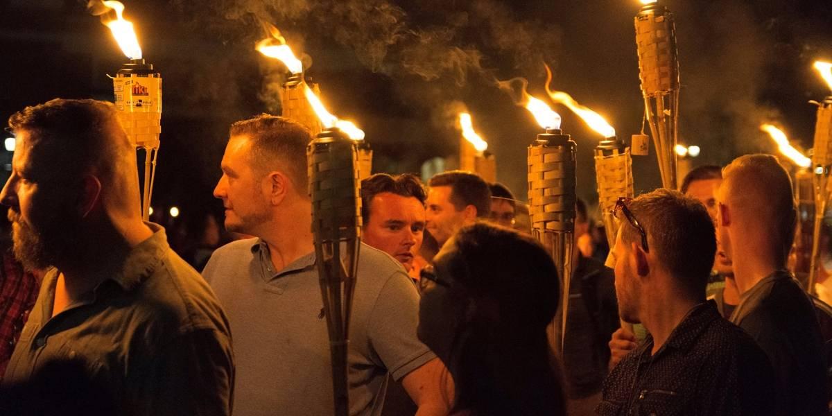 Trump condena violência em Charlottesville e pede união entre americanos