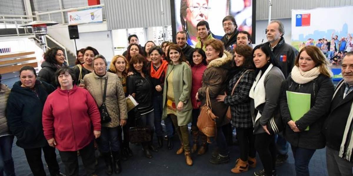 Ministra Saball anuncia proyecto de construcción y arriendo de viviendas para familias migrantes