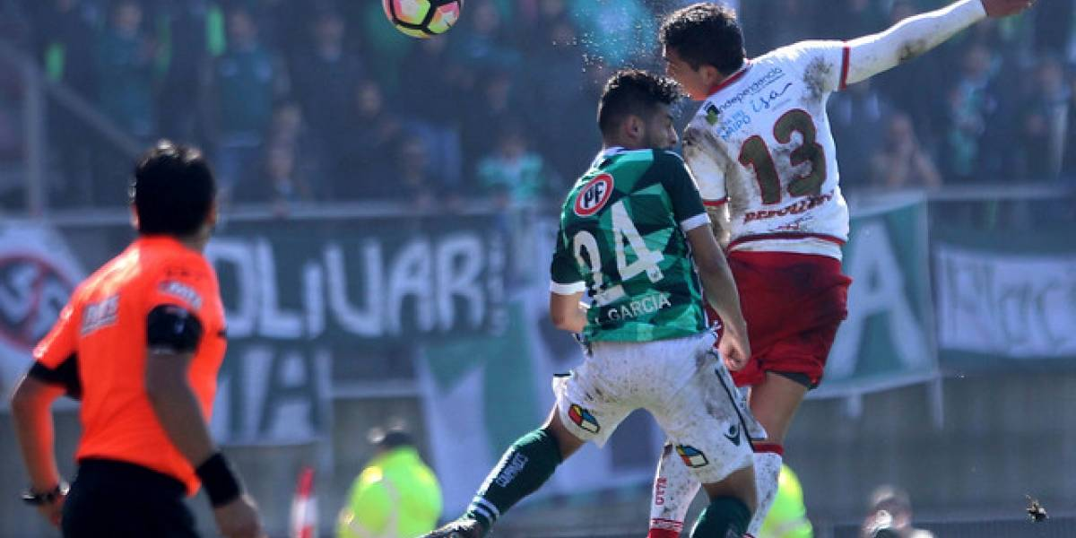 Curicó y Wanderers igualaron en duelo de necesitados por salvarse del descenso