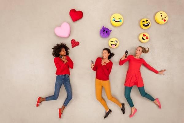 Los emojis que llegarán a WhatsApp en 2018