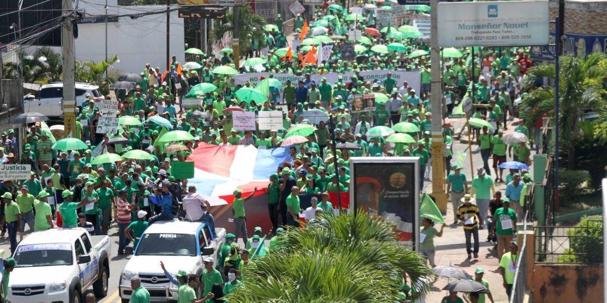Marcha Verde exige investigación a senador Félix Nova por fondos