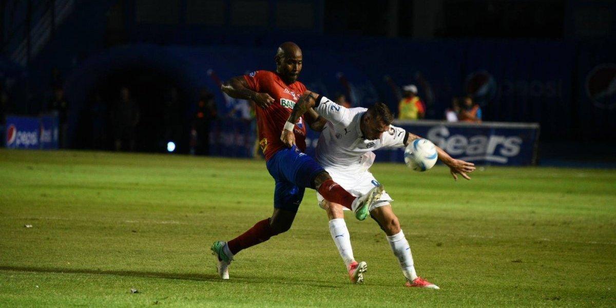 Russell evita la derrota de los cremas con un gol de último minuto
