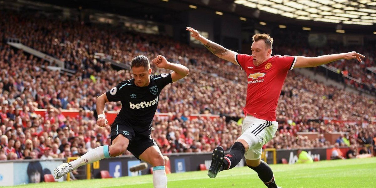 Amargo debut de 'Chicharito' con el West Ham en la Premier League