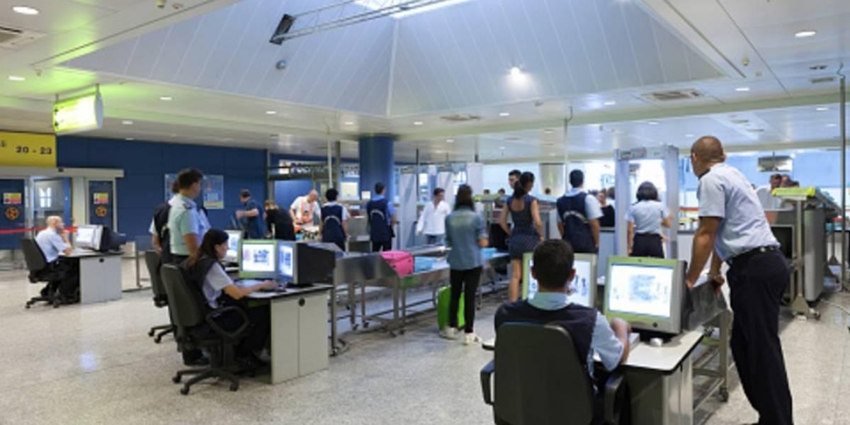 Guardias de aeropuertos en España ganan 62% más que en México