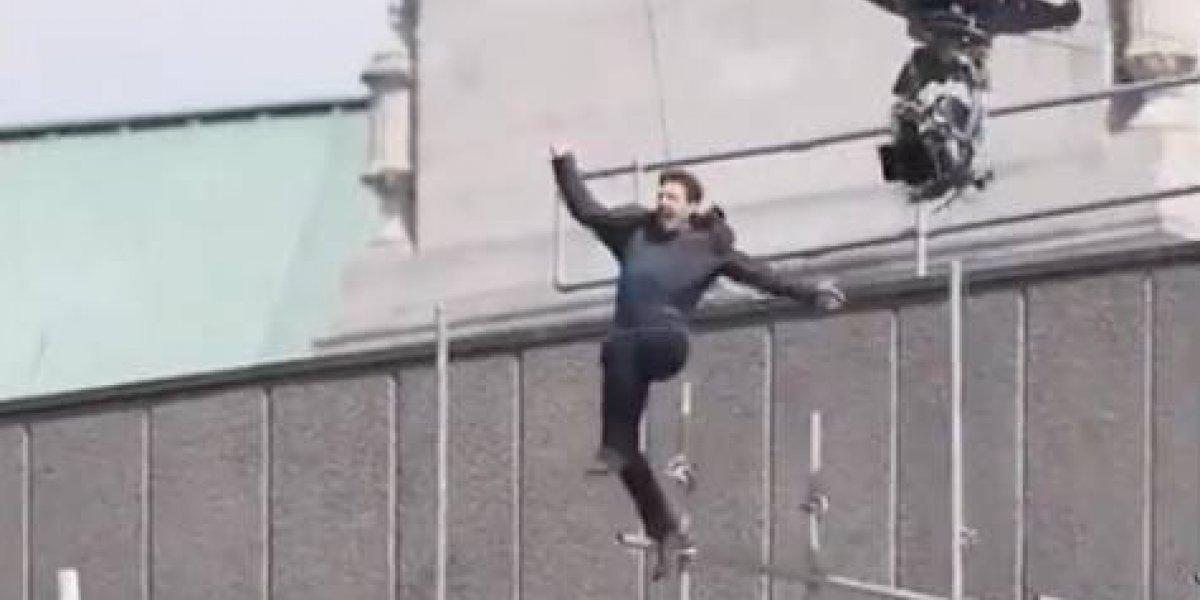 Lastimado Tom Cruise al fallar salto durante filmación