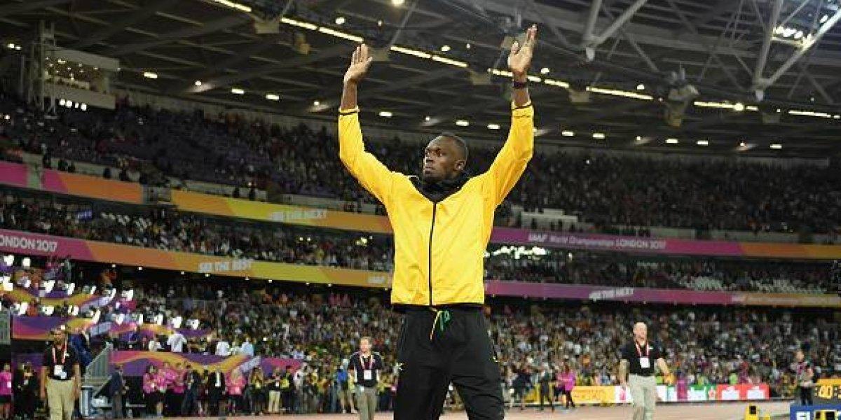 Usain Bolt dice adiós con una emotiva vuelta de honor