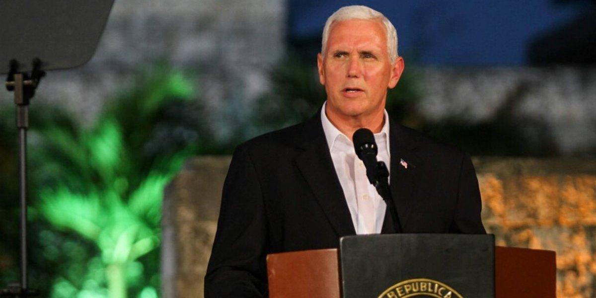 """Vicepresidente de EEUU afirma que no aceptarán """"una dictadura"""" en Venezuela pero desalienta opción militar"""