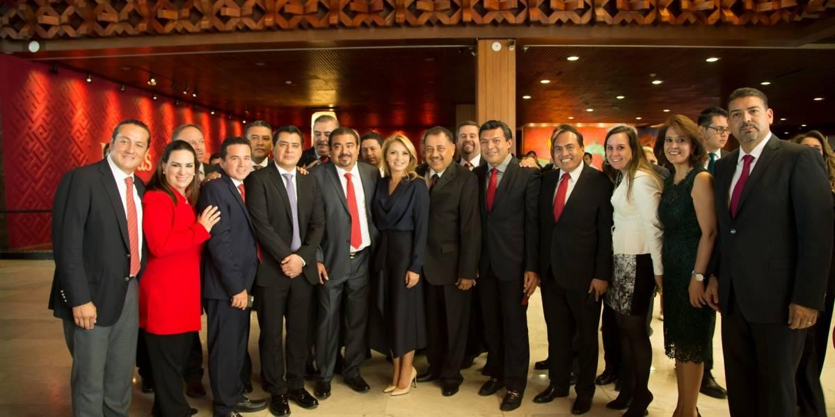 Angélica Rivera presente en el 25 aniversario de Sedesol