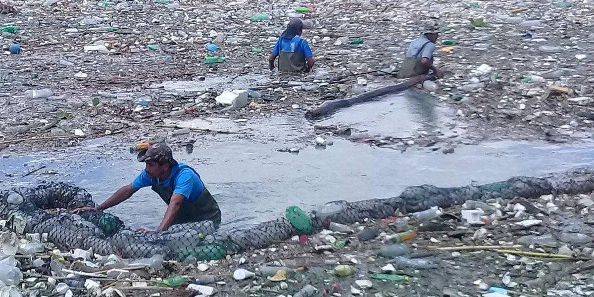 EN IMÁGENES. 3 mil camionadas de basura han ingresado al lago de Amatitlán este año