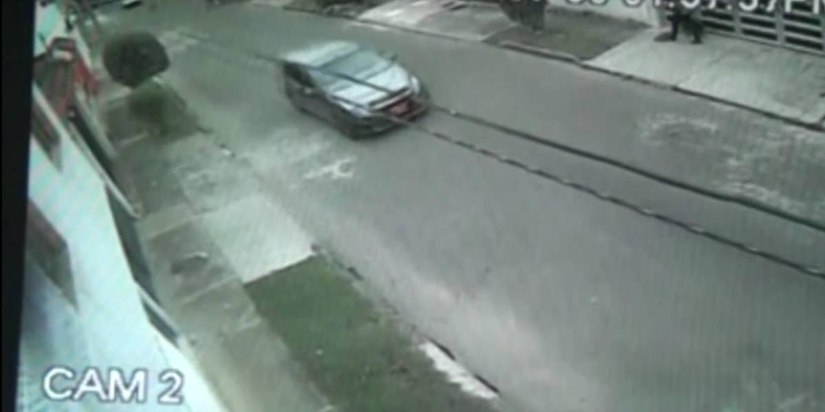 Por más de 15 cuadras una funcionaria del Estado persiguió a delincuentes que robaron su casa