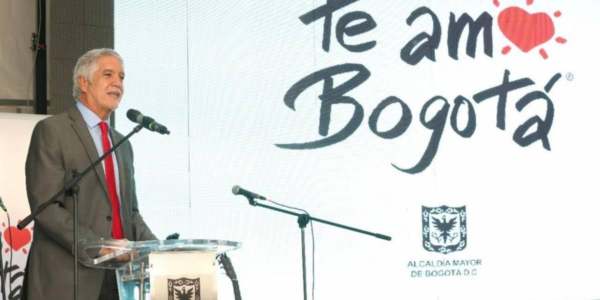 Pide nuevo cupo de endeudamiento — Alcalde de Bogotá
