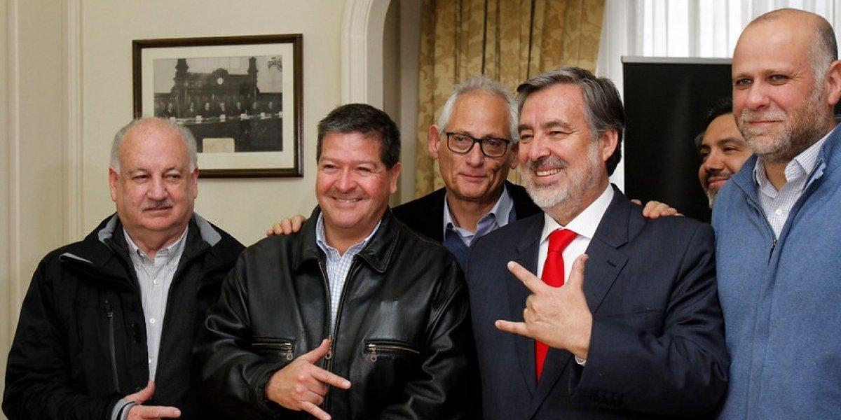 Pacto que respalda a Guillier definirá este martes su lista de candidatos al Parlamento