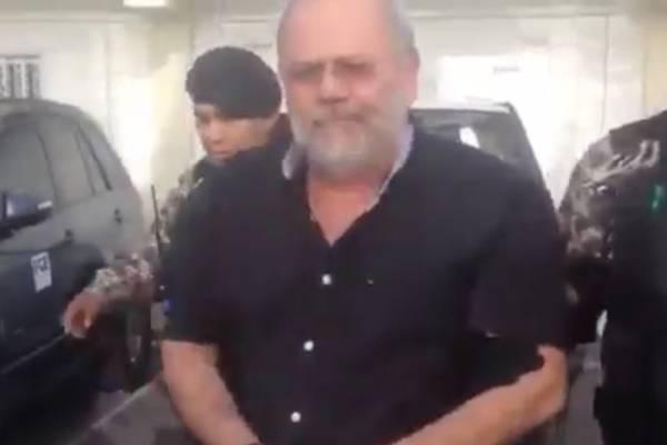 Carlos Pareja se presenta en Fiscalía para rendir su primera declaración