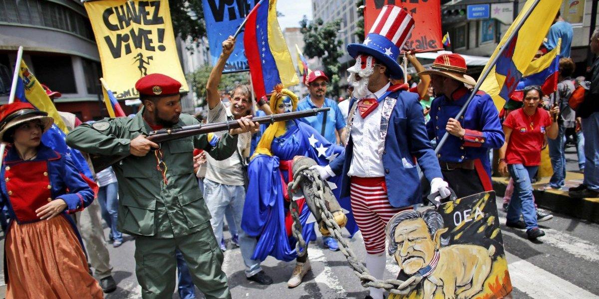 Marchan chavistas en Venezuela en contra de Donald Trump