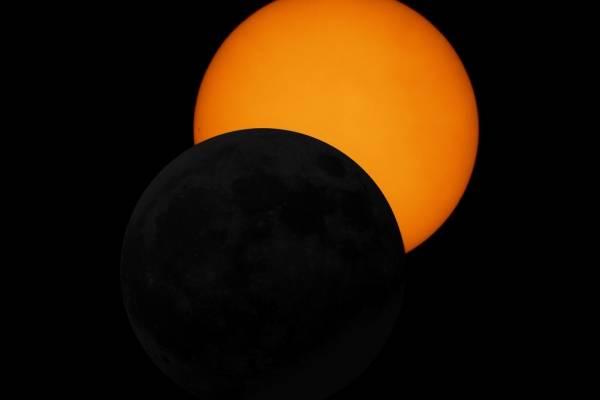 ¿Cómo ver el eclipse parcial de sol en Ecuador el 21 de agosto?