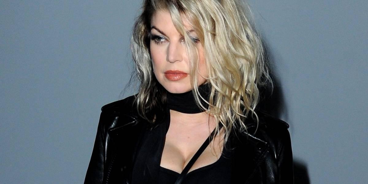 Fergie se desculpa após cantar versão 'sexy' do hino nacional dos Estados Unidos