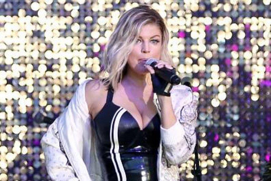 Fergie Desata Euforia En Las Redes Al Mostrarse Sin Nada De Ropa