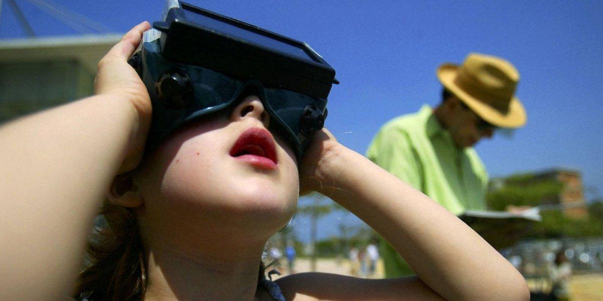 Así es como podrás fotografiar el eclipse solar con tu celular