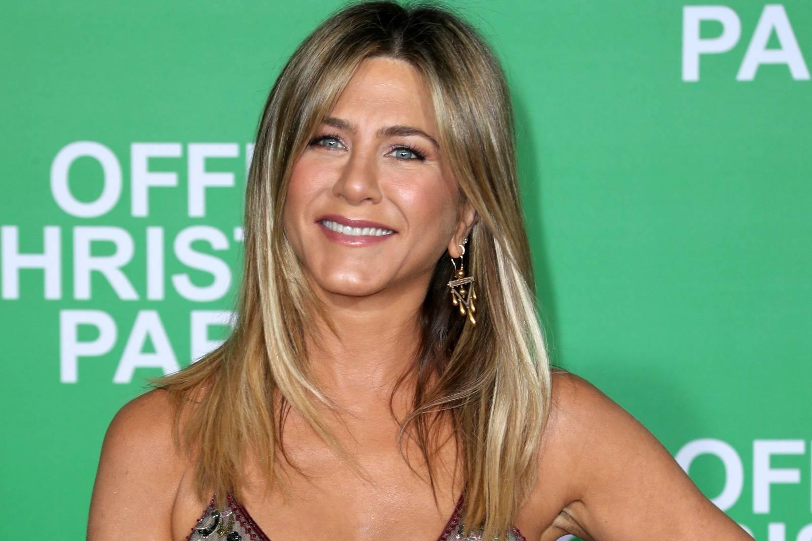 Jennifer Aniston calla de nuevo a quienes la critican por no ser mamá