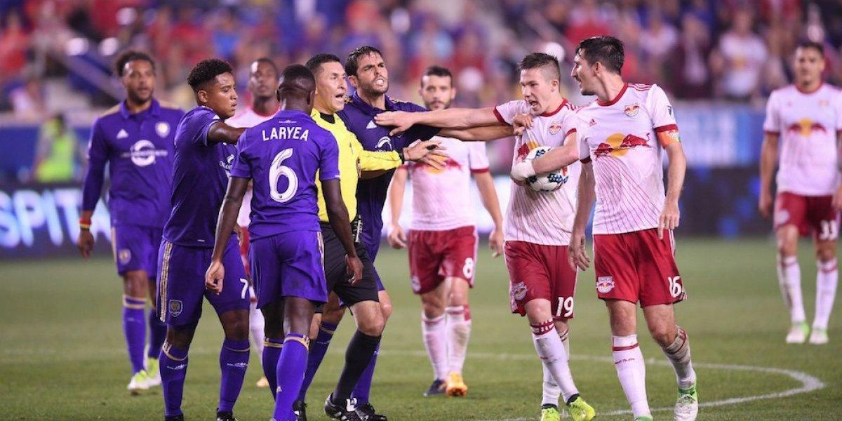 El VAR cobra su primera víctima en la MLS, el brasileño Kaká