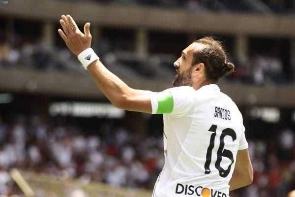 Hernán Barcos donó su camiseta a una buena causa