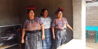 Mujeres de San Miguel Chicaj