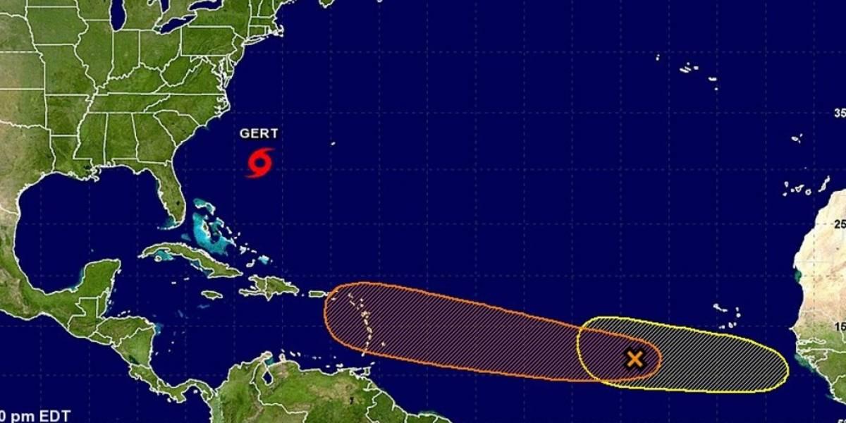 Gert se fortalece en el Atlántico cerca de EE.UU.