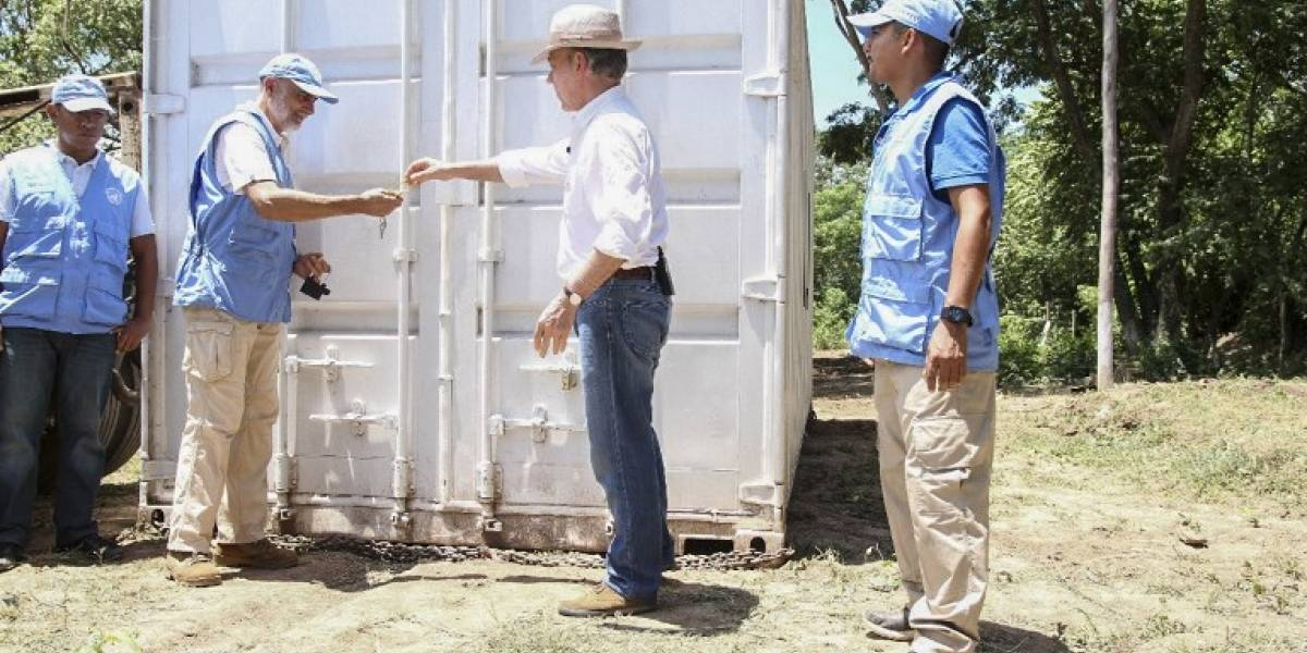 Colombia da por terminado conflicto con Farc tras desarme de guerrilla