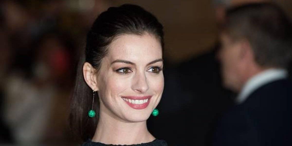 Filtran nuevas fotos de Anne Hathaway completamente desnuda