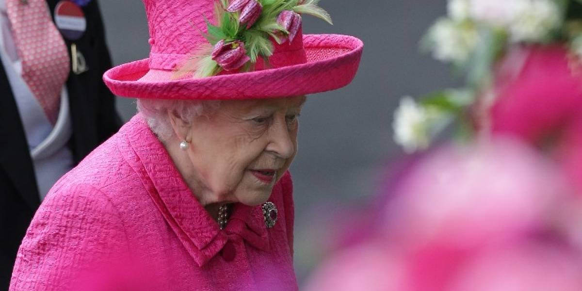 Sale a la luz una carta escrita por la reina Isabel II tras la muerte de la princesa Diana