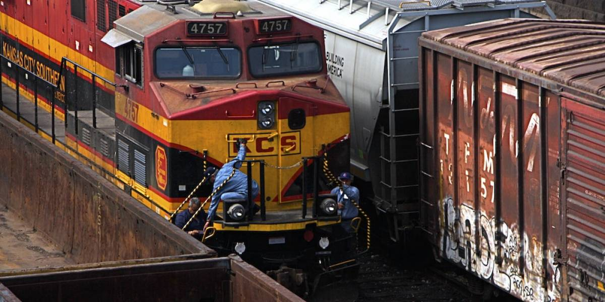 Accidentes, inseguridad y robos, el día a día del ferrocarril en México