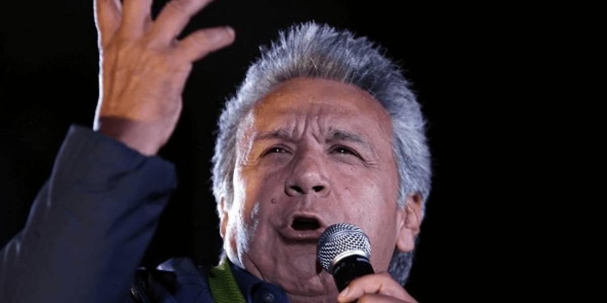 Presidente de Ecuador pide que no se derrame más sangre en Venezuela