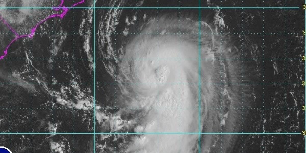 Huracán Gert avanza hacia aguas abiertas del Atlántico
