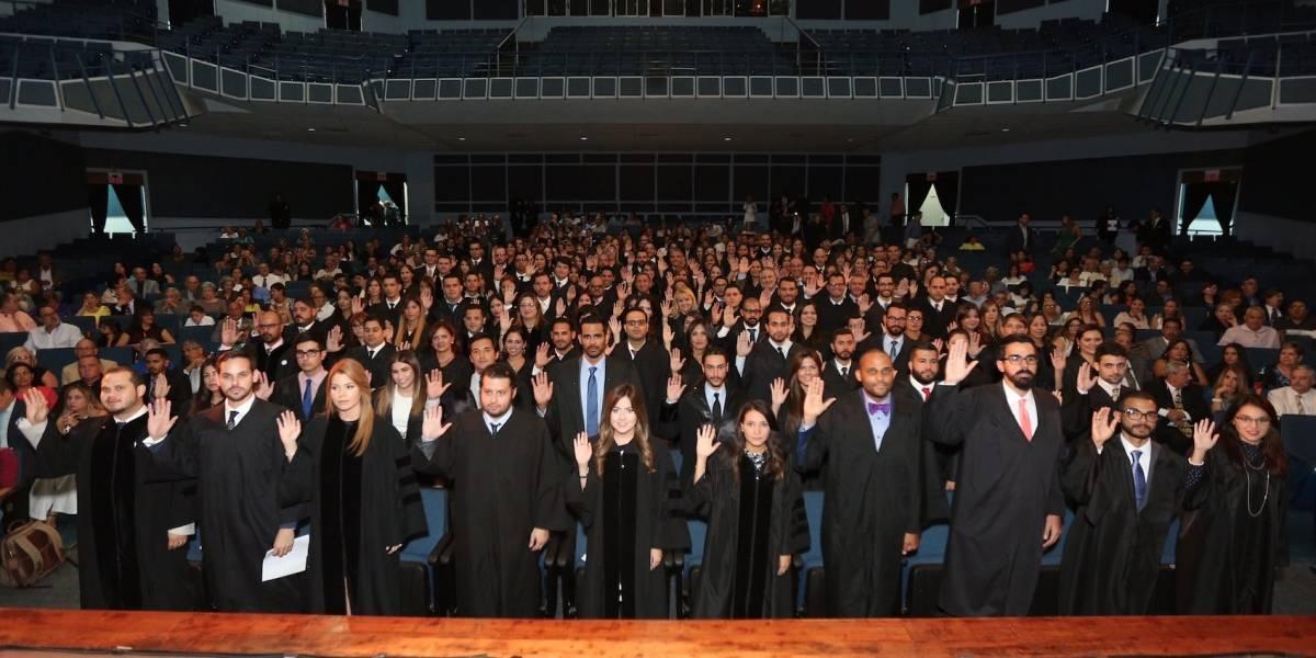 Juramentan 130 nuevos abogados
