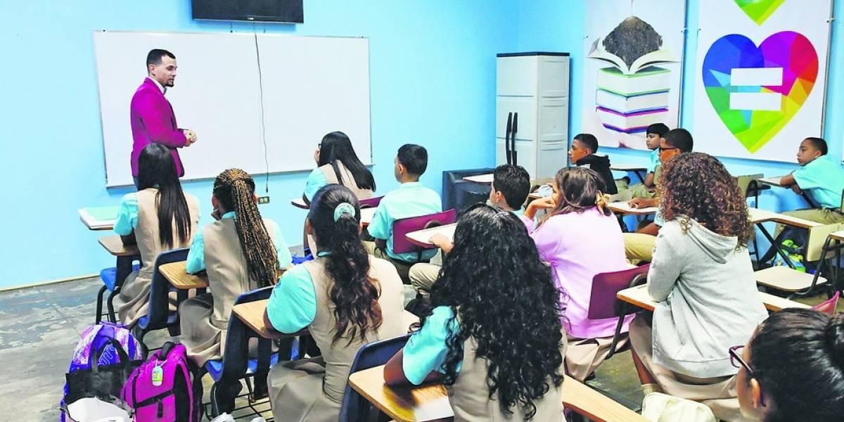 Educación moverá a los maestros a otras escuelas