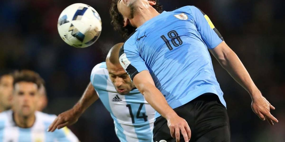 Uruguay y Argentina se juegan parte del tiquete a Rusia 2018