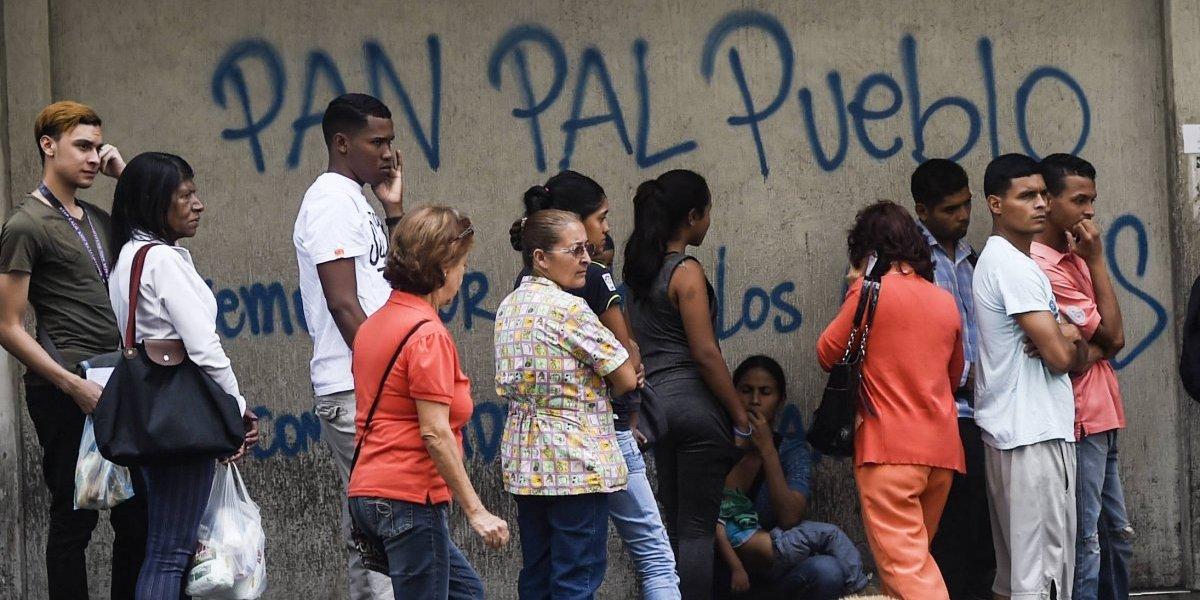 Crisis alimentaria en Venezuela: se requieren 22 sueldos promedios para pagar canasta básica