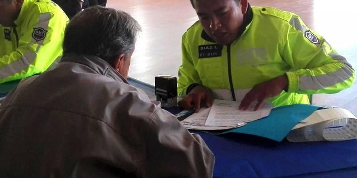 AMT inicia la regularización de taxis en Quito