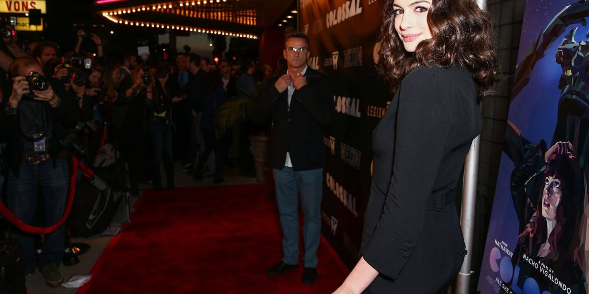 Anne Hathaway sufre filtración de fotos íntimas
