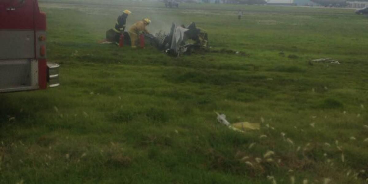 Chocan dos avionesde la Fuerza Aérea Militar en Tecámac