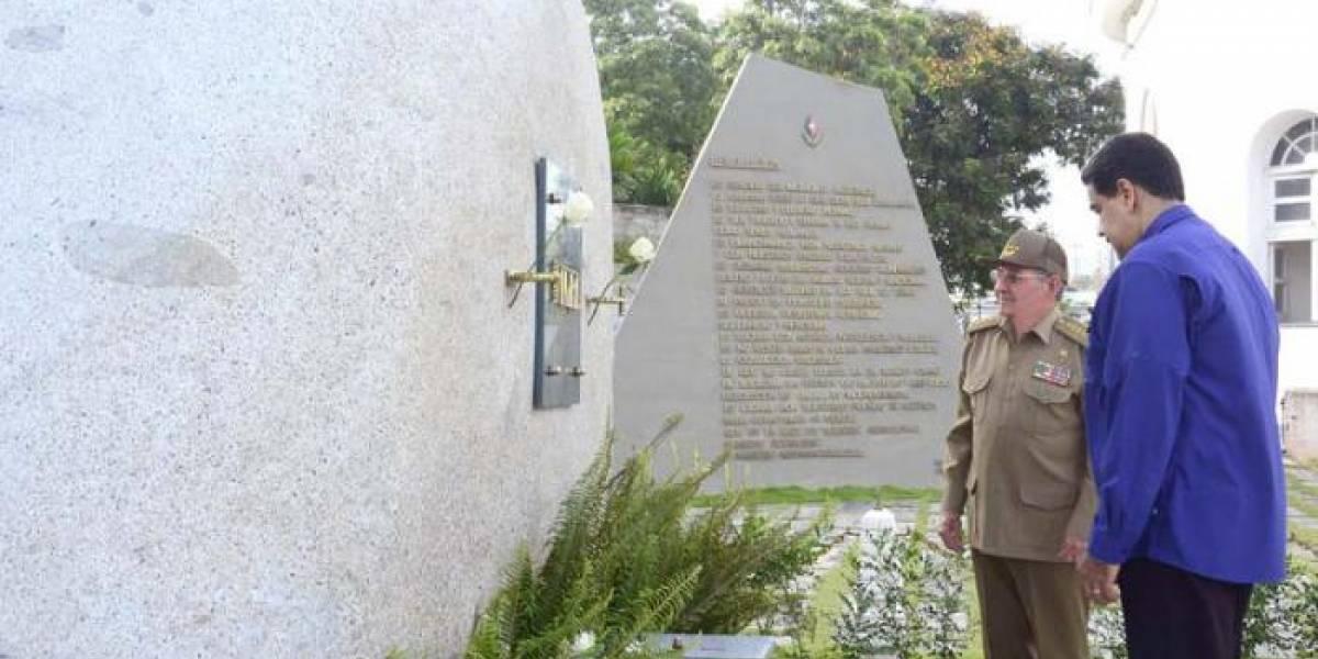 Maduro aparece sorpresivamente en Cuba en homenaje a Fidel