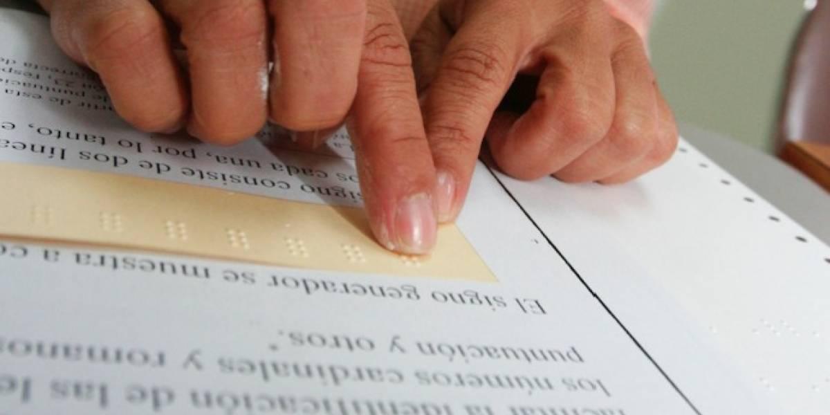Municipio de Carolina ofrece taller de lectura en sistema Braille