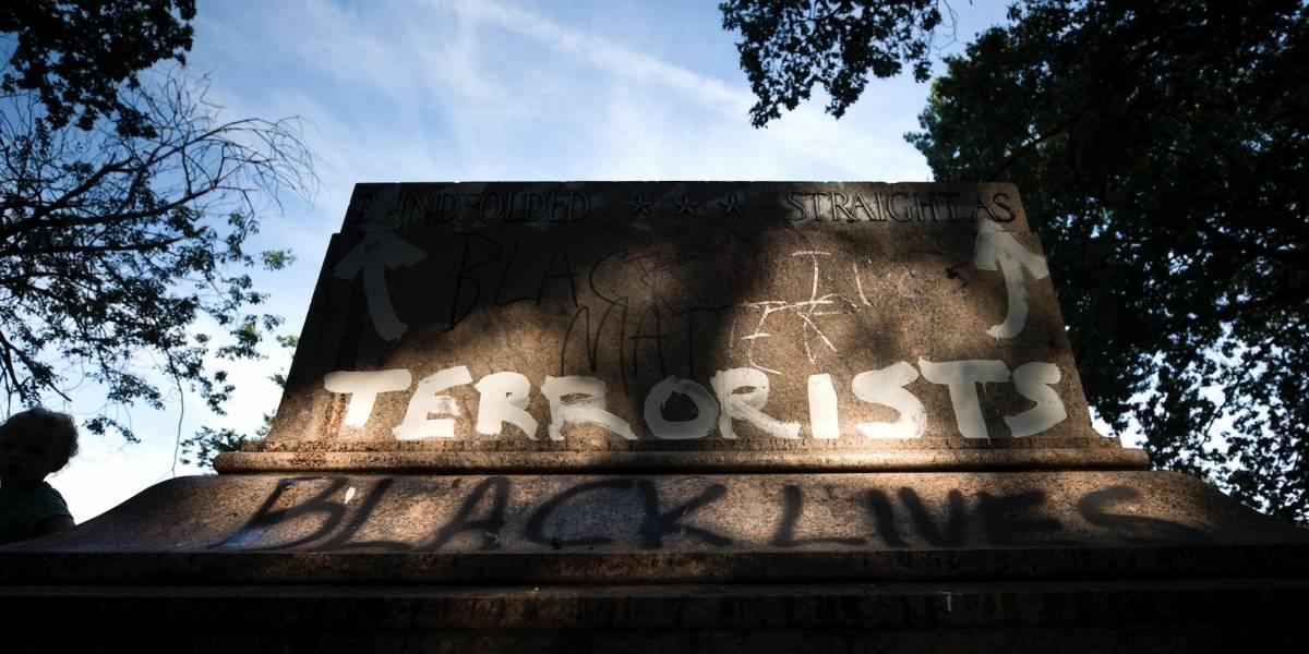 Baltimore retira monumentos a defensores de esclavitud