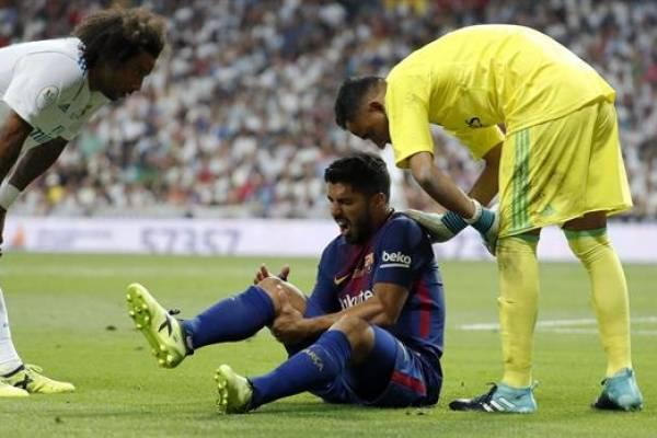 Luis Suárez se lesiona la rodilla y tendría un mes de para