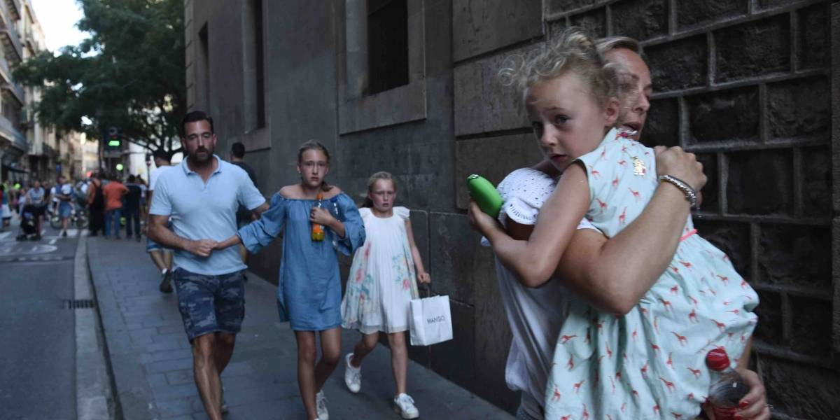 Ataque en Barcelona: artistas se solidarizan
