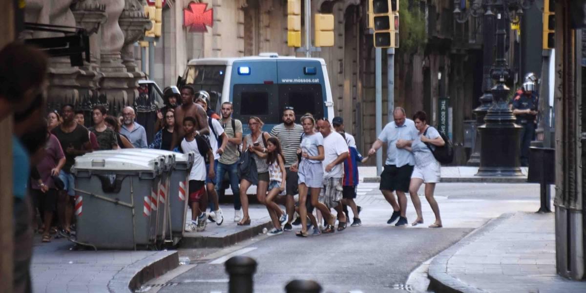 Gobernador tuitea en catalán sobre ataque en Barcelona